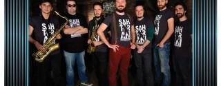 Hard Rock Cafe Istanbul'da Sahte Rakı Konseri afiş