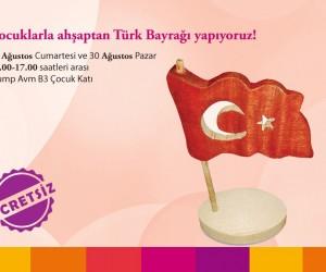 Çocuklarla Türk Bayrağı Yapıyoruz