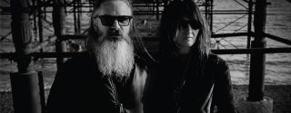Moon Duo Konseri afiş