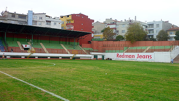 Gaziosmanpaşa Stadyumu afi�